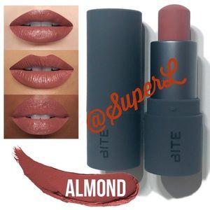 😍 3/$15 Bite THE MULTISTICK Lipstick Almond Blush
